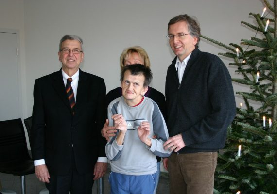Fa. Kögel & Ernst spendet zu Weihnachten an die WDL